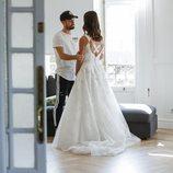 Alejandro Albalá mira embelesado a Sofía Suescun vestida de novia