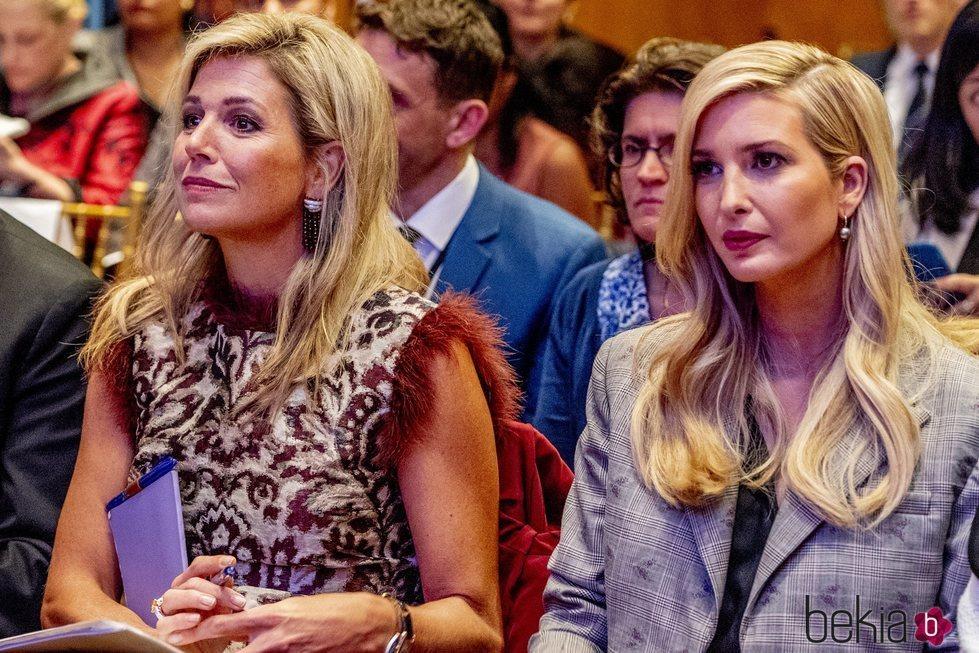 Máxima de Holanda e Ivanka Trump durante un encuentro en Nueva York