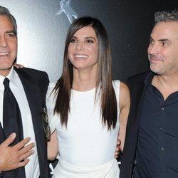 George Clooney, Sandra Bullock y Alfonso Cuarón en el estreno de 'Gravity'