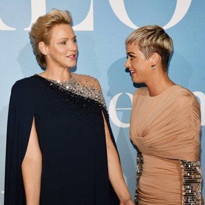 La Princesa Charlene con Katy Perry en la Gala Global Ocean 2018 de la Fundación Príncipe Alberto II de Mónaco