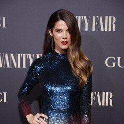 Juana Acosta en la alfombra de la fiesta de Vanity Fair 2018