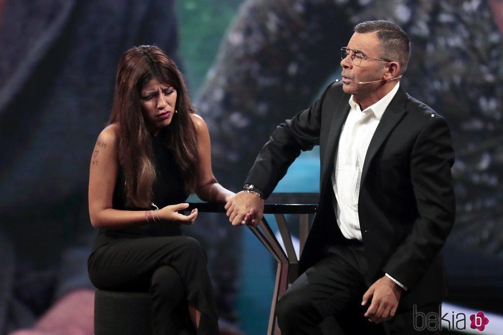 Jorge Javier Vázquez apoyando en Chabelita Pantoja en la tercera gala de 'Gran Hermano VIP 6'