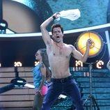 Jordi Coll imitando a Robbie Williams en la primera gala de 'Tu cara me suena 7'