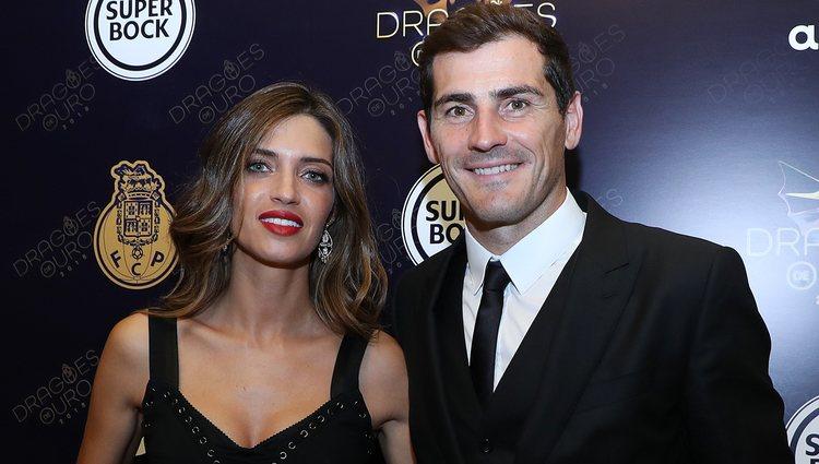 Sara Carbonero e Iker Casillas en la gala de los premios Dragões Ouro en Oporto