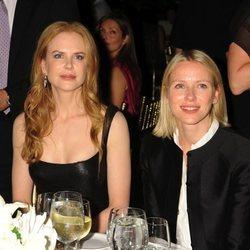 Naomi Watts y Nicole Kidman durante la 4ª Cena para mujeres