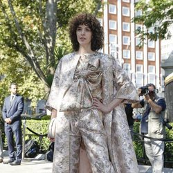 Brianda Fitz-James Stuart llegando a la boda de Fernando Fitz James-Stuart con Sofía Palazuelo