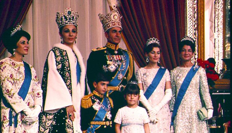 Coronación del Sah Mohamed Reza Pahlavi de Irán