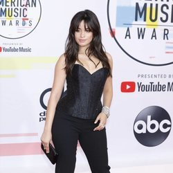 Camila Cabello en los American Music Awards 2018
