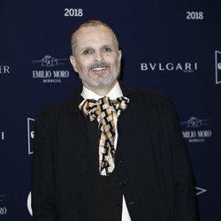 Miguel Bosé en el tributo de Telva a Naty Abascal