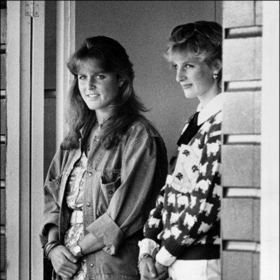 Sarah Ferguson junto a la Princesa Diana de Gales