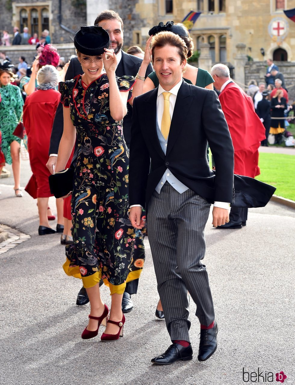 James Blunt y Sofia Wellesley en la boda de Eugenia de York y Jack Brooksbank