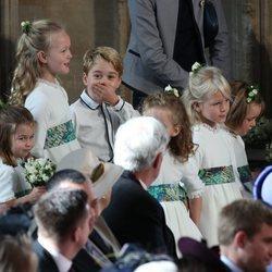 El Príncipe Jorge, la Princesa Carlota, Savannah e Isla Phillips y Mia Tindall en la boda de Eugenia de York y Jack Brooksbank