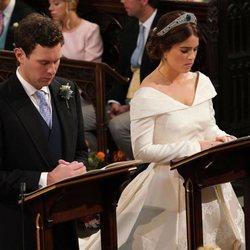 Eugenia de York y Jack Brooksbank en un momento de su boda