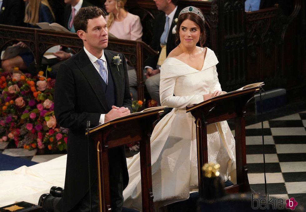 Eugenia de York dedica una mirada de amor a Jack Brooksbank en su boda