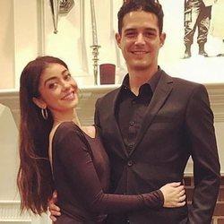Sarah Hyland y su novio Wells Adam