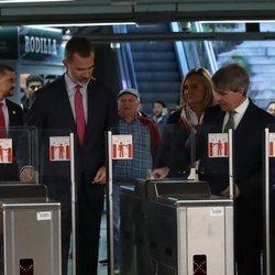 El Rey Felipe en el Metro de Madrid