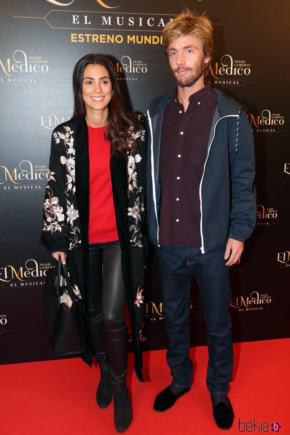 Alessandra de Osma y Christian de Hannover en el estreno del musical de 'El médico' en Madrid