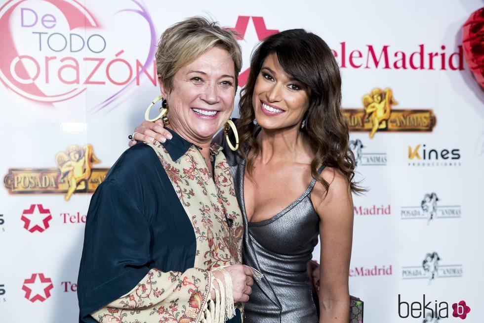 Inés Ballester y Sonia Ferrer, muy cercanas en la Fiesta de Telemadrid del programa 'De todo corazón'