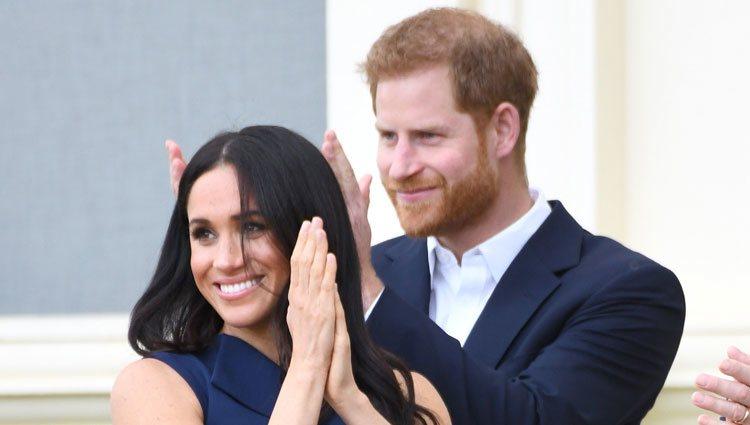 Meghan Markle presume de embarazo por primera vez junto al Príncipe Harry
