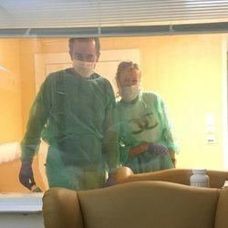 Alessandro Lequio y Ana Obregón apoyando a Álex Lequio durante su tratamiento