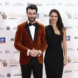 Javier Rey y Jana Pérez en los Premios Iris 2018