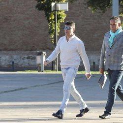 Fran Álvarez y el periodista Aurelio Manzano a su llegada al juicio