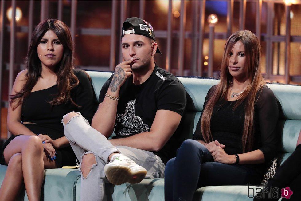 Chabelita Pantoja, Omar Montes y Techi Cabrera durante la gala 7 de 'GH VIP 6'