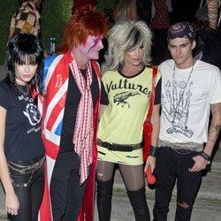 Cindy Crawford y su familia en la fiesta de Halloween en Casamigos