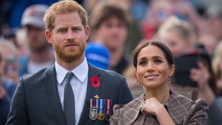 El Príncipe Harry y Meghan Markle divirtiéndose en su viaje oficial a Nueva Zelanda