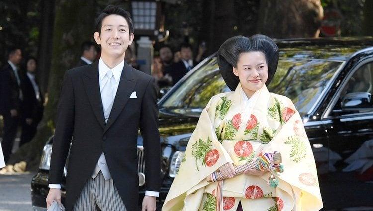 La Princesa Ayako de Japón y Kei Moriya el día de su boda