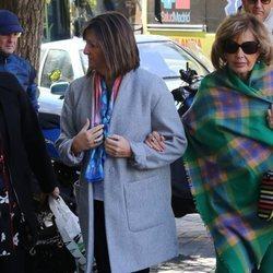 Terelu Campos acude a una revisión médica junto a su madre María Teresa Campos