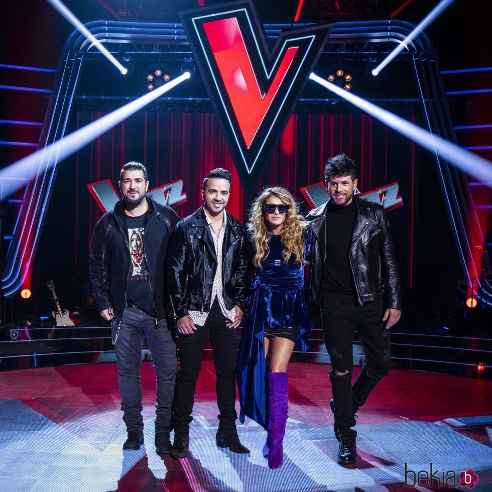 Antonio Orozco, Luis Fonsi, Paulina Rubio y Pablo López en el plató de 'La Voz'