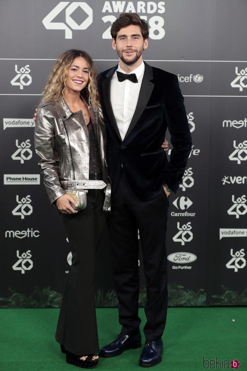 Álvaro Soler y Sofía Ellar en Los 40 Music Awards 2018