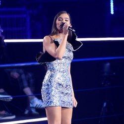 Hailee Steinfeld presentando los MTV EMAs 2018 de Bilbao