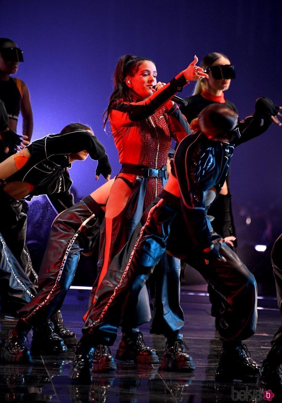 Rosalía actuando en los MTV EMAs 2018 de Bilbao