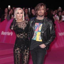 Ana Fernández y Adrián Roma en los MTV EMAs 2018 de Bilbao