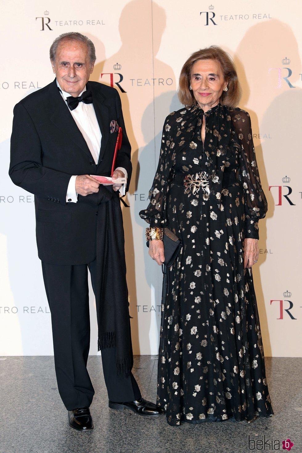 Jaime Peñafiel y su esposa en la Gala Anual Teatro Real 2018