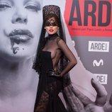 Melody en el estreno de 'Arde Madrid'