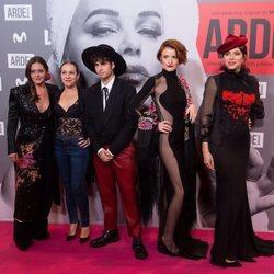 Maria Ordoñez, Cristina Alarcon y Eloi Costa en el estreno de 'Arde Madrid'