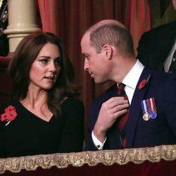 Los Duques de Cambridge durante el Festival of Remembrance 2018