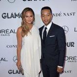 Chrissy Teigen y John Legend en los premios Mujer del Año 2018 de Glamour