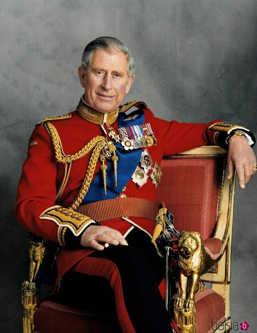 Retrato oficial del Príncipe Carlos