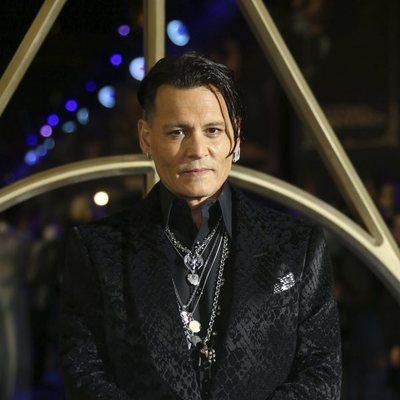 Johnny Depp en el estreno de 'Animales Fantásticos: Los Crímenes de Grindelwald'