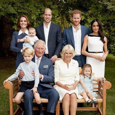 El Príncipe Carlos, Camilla Parker, los Duques de Cambridge, los Principes Jorge, Carlota y Luis y los Duques de Sussex