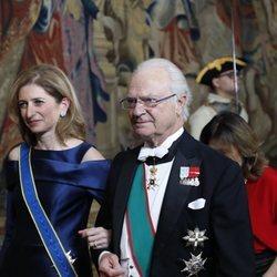 El Rey Carlos XVI Gustavo con Laura Mattarella en su visita oficial a Suecia