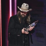 Chris Stapleton recogiendo su premio de los Country Music Association Awards 2018