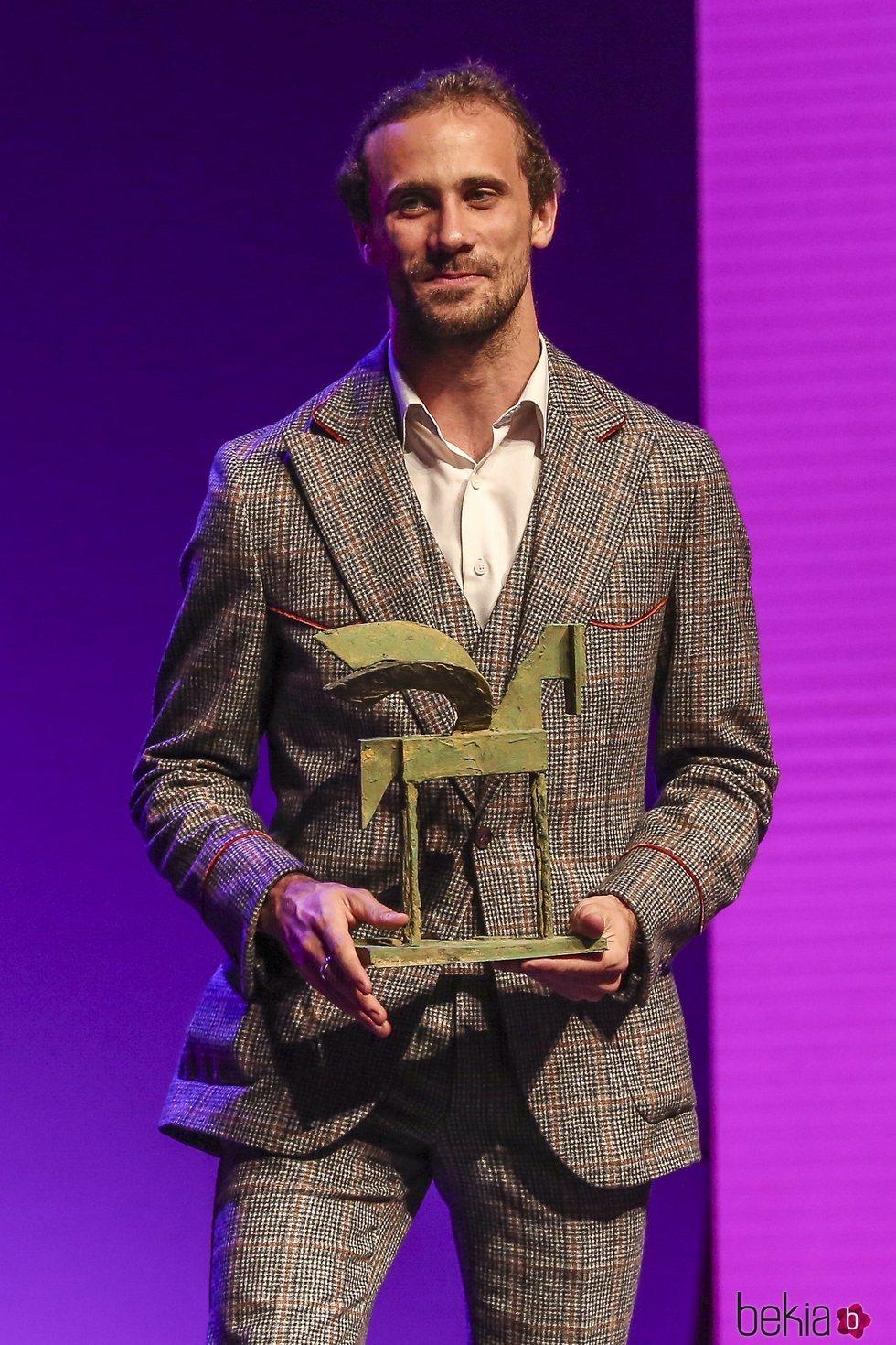 Oriol Pla recogiendo su galardón en los Premios Ondas 2018