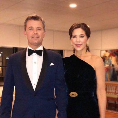 Federico y Mary de Dinamarca en el 70 cumpleaños del Príncipe Carlos