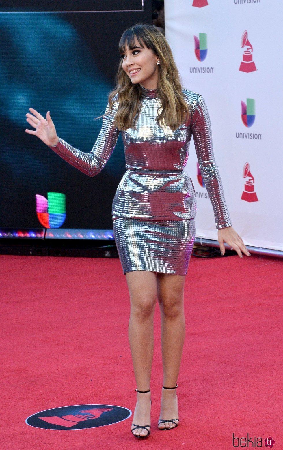 Aitana Ocaña en la alfombra roja de los Grammy Latinos 2018