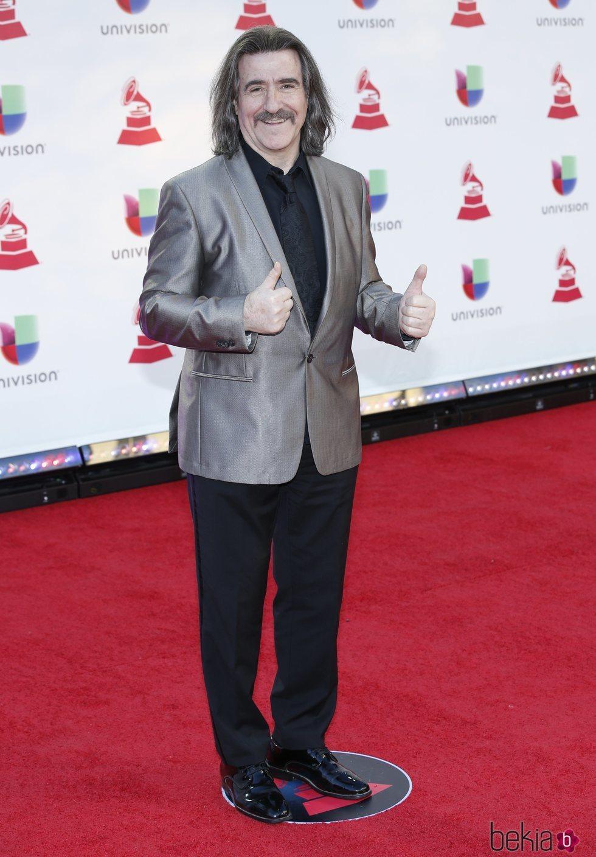 Luis Cobos en la alfombra roja de los Grammy Latinos 2018